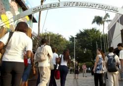 Rentrée scolaire des établissements d'enseignement français à l'étranger